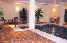 Fuente Aloha Indoor Swimming Pool