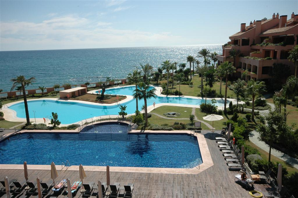 Rent a Holiday apartment in Marbella – 5 bedrooms
