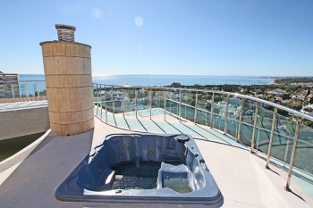 Penthouse for sale in Nueva Andalucia - 5 bedrooms