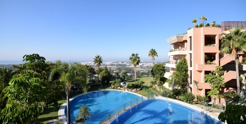 Penthouses in Nueva Andalucia
