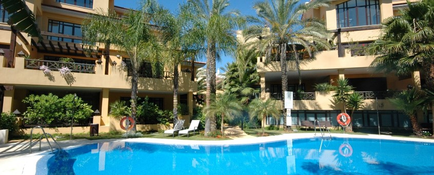 Buy a property in Bahia de Banus, Puerto Banus