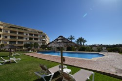 Property To Rent In Hotel Del Golf, Nueva Andalucia