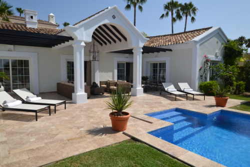 A stunning villa to rent in marbella
