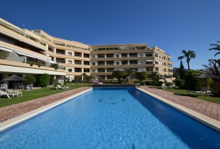 Show detail information about rental property: Hotel del Golf, Nueva Andalucia