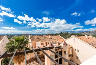 Show detail information about rental property: Albatross Hill, Nueva Andalucia