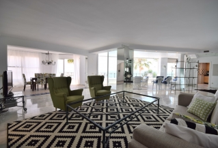 Show detail information about rental property: Benabola, Puerto Banus
