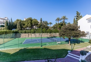 Show detail information about rental property: Andalucia Garden Club, Nueva Andalucia