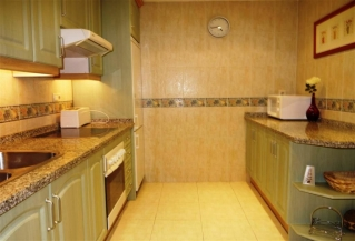 Show detail information about rental property: Palacetes los Belvederes