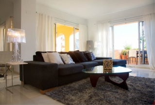 Show detail information about rental property: Les Belvederes