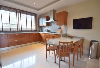 Show detail information about rental property: La Trinidad, Marbella