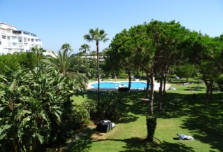 Show detail information about rental property: Playas del Duque, Puerto Banus