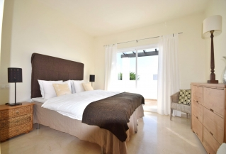Show detail information about rental property: La Quinta Village, Nueva Andalucia
