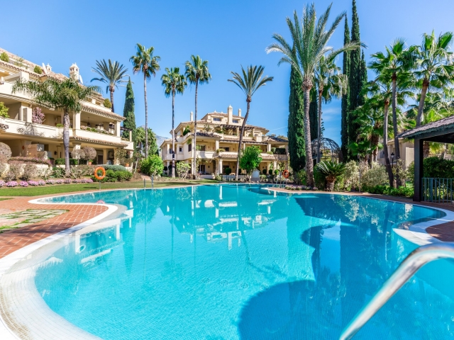 Photos from rental property Las Alamandas, Nueva Andalucia