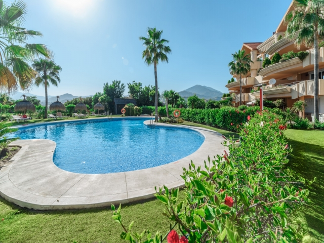 Photos from rental property Magna Marbella, Nueva Andalucia