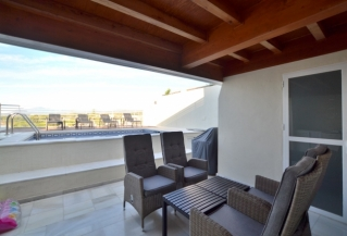 Show detail information about rental property: Edf. Marina Mariola, Marbella Beachfront