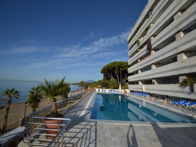 Photos from rental property Edf. Marina Mariola, Marbella Beachfront