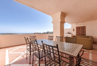 Show detail information about rental property: Albatros Hill, Nueva Andalucia