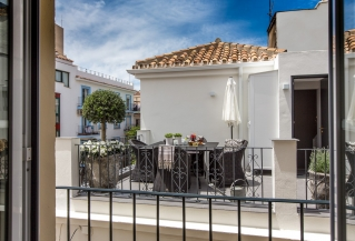 Show detail information about rental property: Casa Tetuan, Marbella