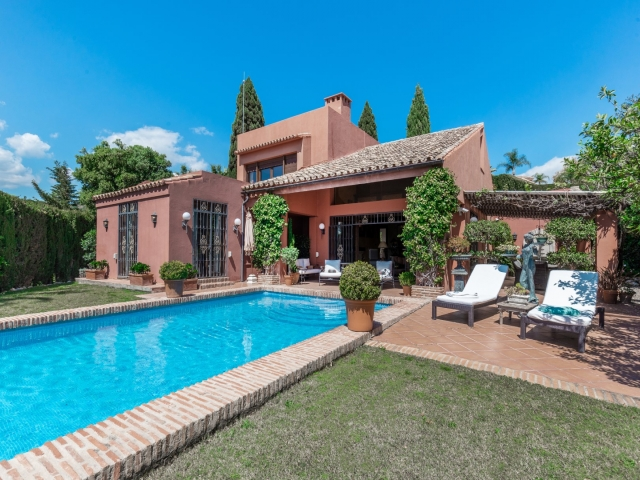 Photos from rental property Villa Benedict - Golf Valley, Nueva Andalucia