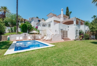 Show detail information about rental property: Villa Matilda - Nueva Andalucia