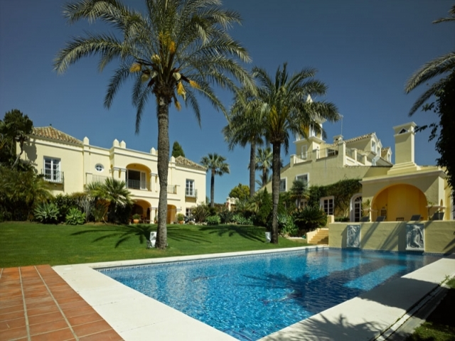 Photos from rental property Villa Summer Gail Nueva Andalucia