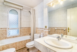 Show detail information about this property: A20190