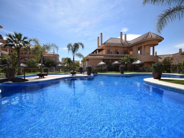 A3813 Aloha Hill Club Garden Apartment For Sale 3
